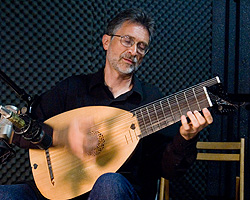 Lutenist Ronn McFarlane at Echoes