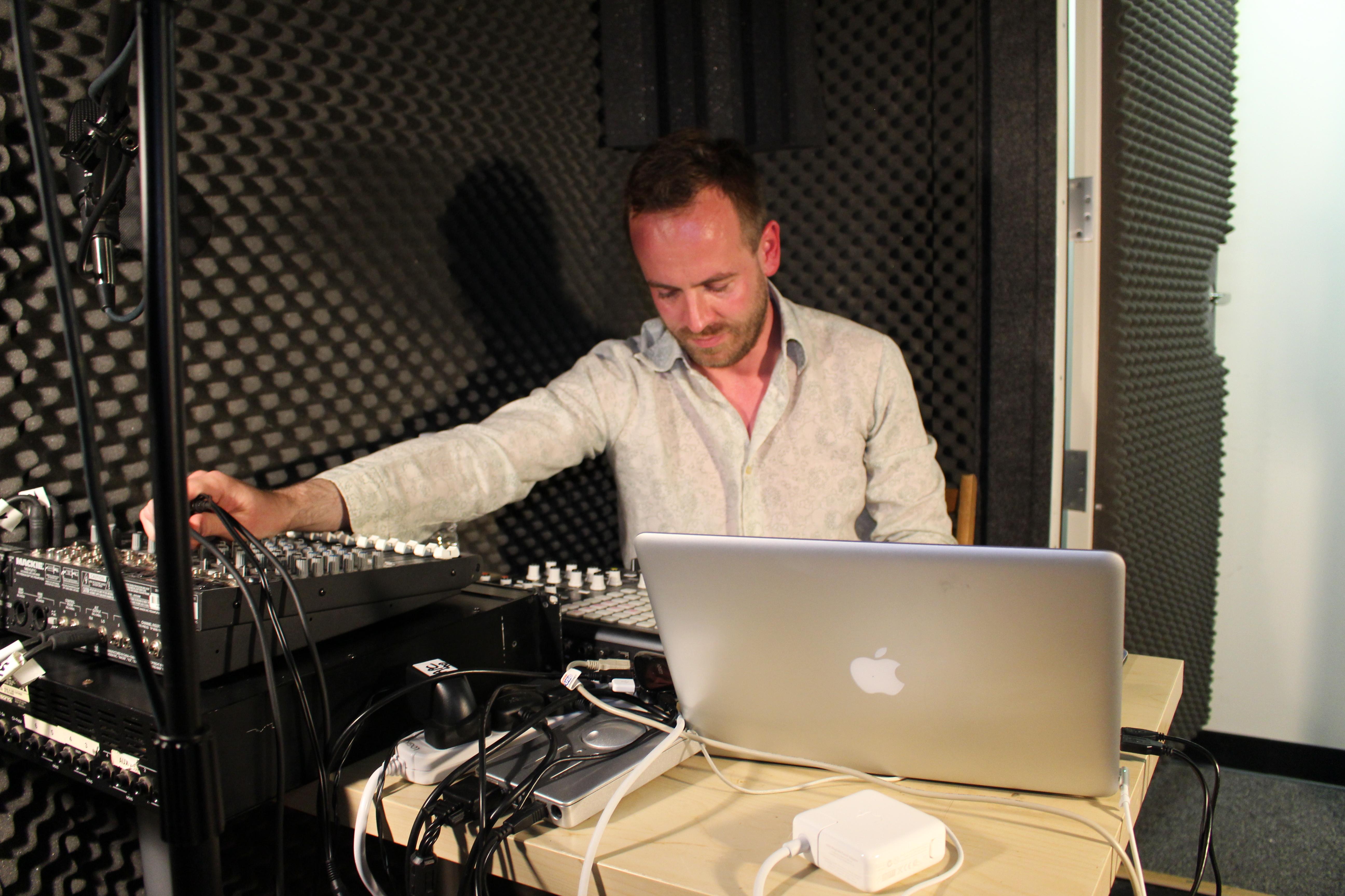 Ulrich Schnauss on Echoes